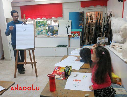 Mersindeki Çocuk Çizimlerinde Büyük Ressam İzleri